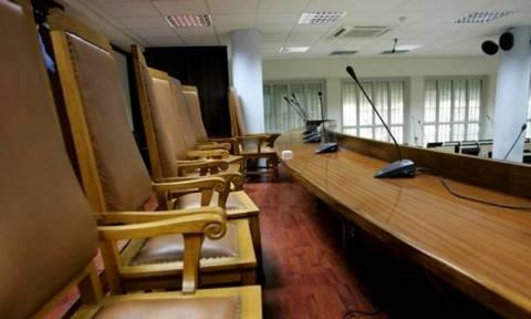 Ασφαλιστικό: Νέα παράταση της αποχής τους αποφάσισαν οι δικηγόροι