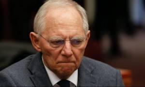 Σόιμπλε: «Θα κλαίγαμε» εάν η Βρετανία αποχωρούσε από την ΕΕ