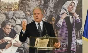 Αβραμόπουλος στην Die Welt: Προθεσμία έως τον Μάιο στην Ελλάδα για να καταγράψει τους μετανάστες