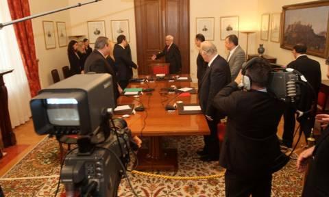Συμβούλιο πολιτικών αρχηγών με ζητούμενο κοινή θέση για το προσφυγικό