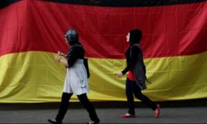 Σόιμπλε: Τι θα συνέβαινε στην Ελλάδα αν η Γερμανία έκλεινε τα σύνορά της;