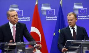 Προσφυγικό: Συνάντηση Τουσκ - Ερντογάν στην Κωνσταντινούπολη – «Τετ-α-τετ» Ολάντ - Μέρκελ στο Παρίσι