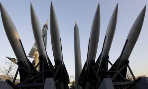 Ρωσία: Πείραμα εκτόξευσης βαλλιστικών πυραύλων από υποβρύχια
