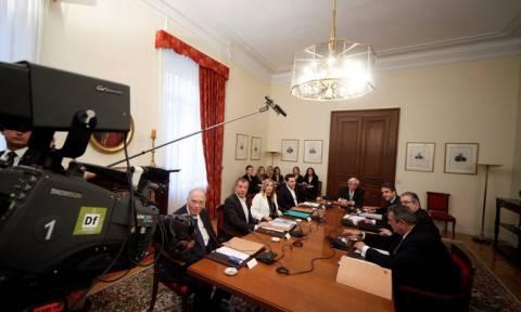 ΝΔ για συμβούλιο πολιτικών αρχηγών: Ο Τσίπρας έφαγε… ξύλο – Βγήκαμε ενισχυμένοι