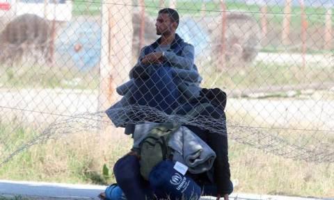 Σκληρή στάση από τα Σκόπια – Επιτρέπουν να περάσουν πρόσφυγες από εμπόλεμες πόλεις μόνο