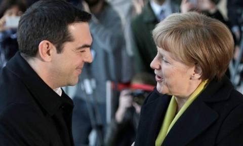 Σύνοδος Κορυφής - Κυβερνητικές πηγές: Τσίπρας και Μέρκελ κατά των κλειστών συνόρων