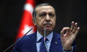 Σύνοδος Κορυφής: Ζητά τα πάντα ο Ερντογάν - Να γυρίσει ο Νταβούτογλου με τα 3 δισ.
