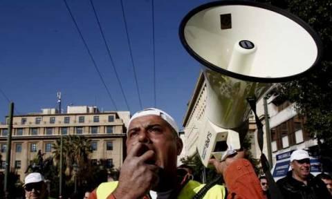 Ασφαλιστικό: Αποχή από τις δημοπρασίες αποφάσισαν οι Εργοληπτικές Οργανώσεις
