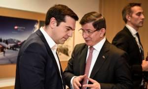 Σύνοδος Κορυφής: Ο Τσίπρας τρώει ξύλο και ο Νταβούτογλου απαιτεί 20 δισ. για να κάνει τη δουλειά του