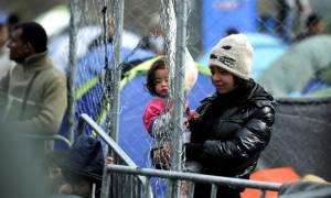 Δεν έχουν τέλος οι προσφυγικές ροές - Χάος στην Ειδομένη με 13.000 εγκλωβισμένους