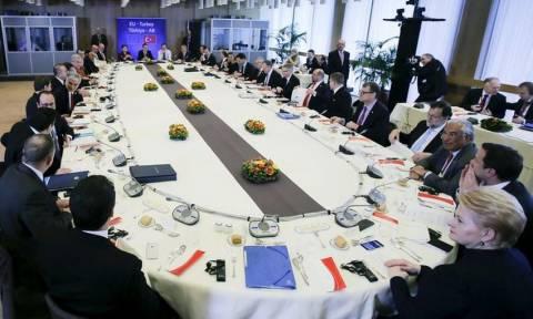 Σύνοδος Κορυφής: Εμπλοκή από τα κράτη του Βίσεγκραντ - Τι ζητά και τι πέτυχε η ελληνική πλευρά
