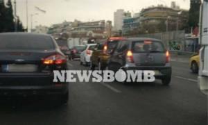 Προσοχή: Κυκλοφοριακό «έμφραγμα» λόγω βροχής – Σε ποιους δρόμους παρατηρούνται προβλήματα