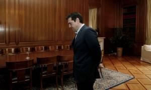 Βουλή: Διυπουργική σύσκεψη υπό τον Τσίπρα για διαπραγμάτευση και προσφυγικό