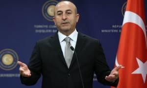 Tσαβούσογλου: Τα ανταλλάγματα της Τουρκίας για τους πρόσφυγες