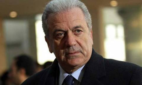 Προσφυγικό - Αβραμόπουλος: Ανοιχτός ο διάλογος με τις χώρες των Δυτικών Βαλκανίων