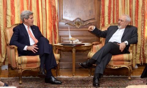 Επικοινωνία Κέρι - Ζαρίφ για τις πυραυλικές δοκιμές της Τεχεράνης