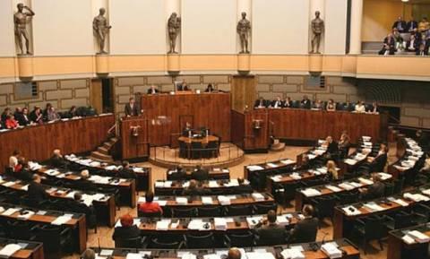 Φινλανδία: Συζήτηση στη βουλή για πιθανή έξοδο από την ευρωζώνη