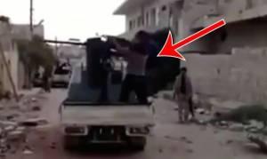 Ο τζιχαντιστής - περίγελος του διαδικτύου: Φώναζε «Αλλάχου Ακμπάρ» και… (video)