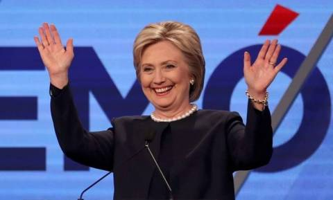 «Κυρία Κλίντον κατεβάστε τη φωτογραφία, ψηφίζω Μπέρνι Σάντερς!»