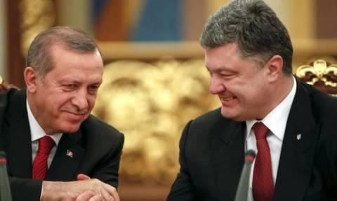 Kριμαία: Η Τουρκία εκπαιδεύει στην Ουκρανία μισθοφόρους στρατιώτες