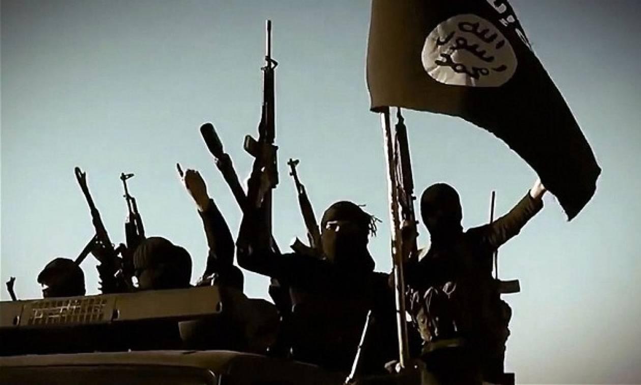 Τρεις από τους τρομοκράτες του Παρισιού στη λίστα με τους μαχητές του ISIS