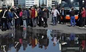 Πειραιάς: Περίπου 2.250 άτομα φιλοξενούνται στους επιβατικούς σταθμούς