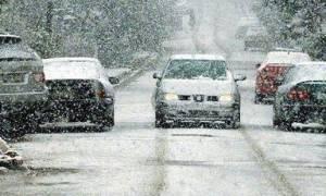 Με προβλήματα λόγω χιονοπτώσεων η κυκλοφορία στην ορεινή Πέλλα