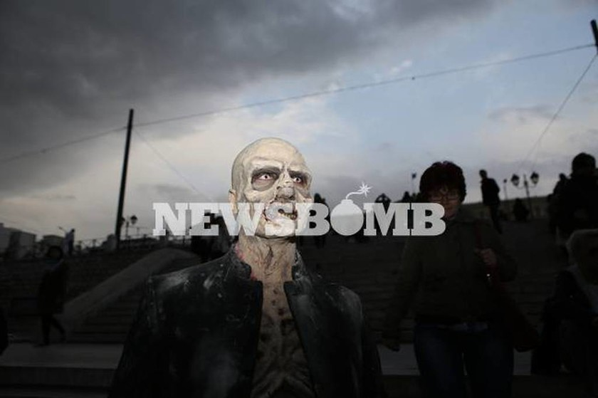 Φεστιβάλ ζόμπι: Η Αθήνα γέμισε με ζωντανούς νεκρούς! (pics)
