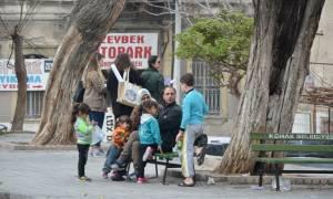 Οι Τούρκοι έφτιαξαν μια τεράστια βιομηχανία προσφύγων.Με πορνεία ,μπαξίσια και ψεύτικες υποσχέσεις