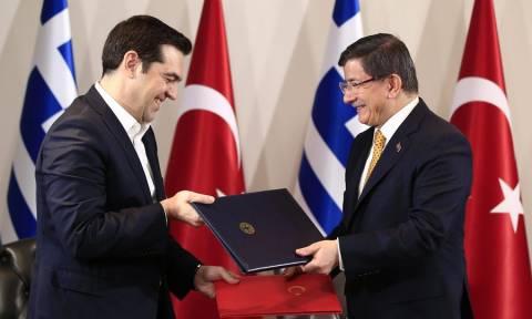 Επίθεση Τουρκία: Τηλεφωνική επικοινωνία Τσίπρα – Νταβούτογλου