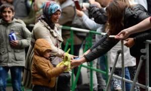 «Η γερμανική κυβέρνηση θα παραμείνει πιστή στην πολιτική της παρά τα εκλογικά αποτελέσματα»