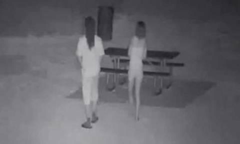 Έκαναν συνεχώς σεξ έξω από το σπίτι του – Δείτε πώς τους εκδικήθηκε! (videos)