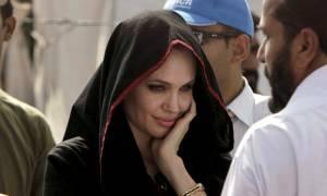 Η Αντζελίνα Τζολί στη Μυτιλήνη για να επισκεφθεί τους πρόσφυγες