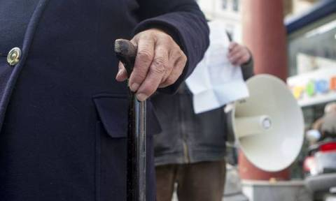Ασφαλιστικό: Τι προτείνει το Οικονομικό Επιμελητήριο για τις συντάξεις