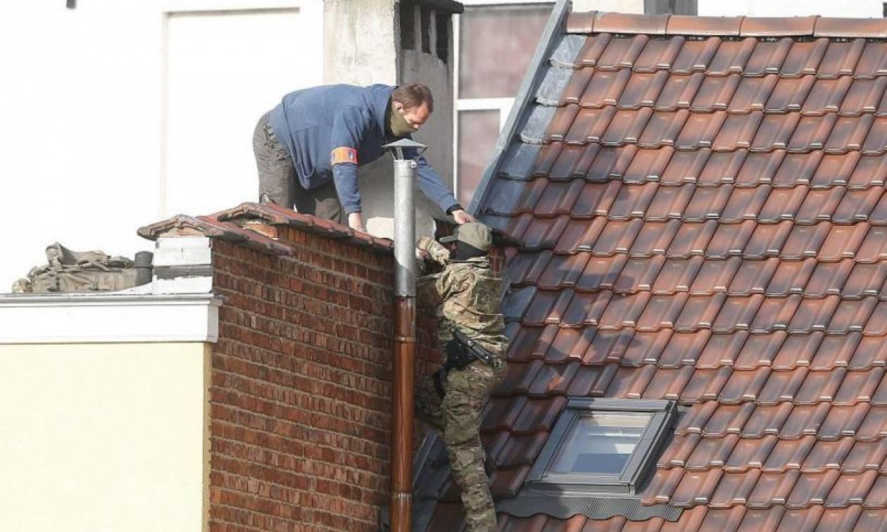 Σε πολιορκία οι Βρυξέλλες - «Εξουδετερώθηκε» ο ένας ύποπτος