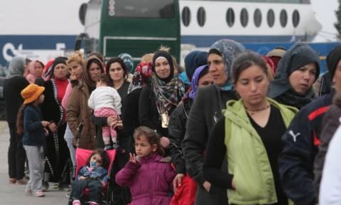 Λιμάνι Πειραιά: 600 επιπλέον πρόσφυγες και μετανάστες έφτασαν το πρωί