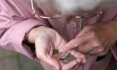 Αυξημένη θνησιμότητα από τη μείωση του εισοδήματος των πολύ φτωχών συνταξιούχων