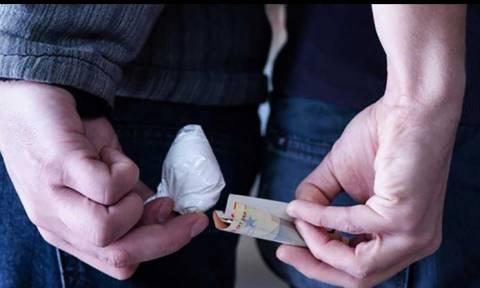 Ρόδος: Συνελήφθη επειδή βιντεοσκοπούσε αγοραπωλησία ναρκωτικών