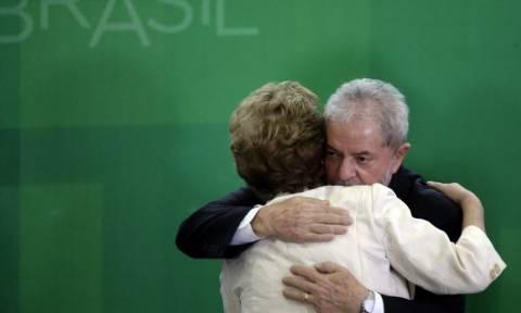 Βραζιλία: Ορκίστηκε προσωπάρχης ο πρώην πρόεδρος Λούλα εν μέσω διαδηλώσεων εναντίον του (vid)