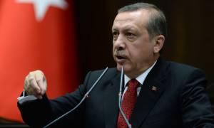 Εμπρηστικές δηλώσεις Ερντογάν κατά της ΕΕ την ίδια ώρα που οι Βρυξέλλες υποδέχονται τον Νταβούτογλου