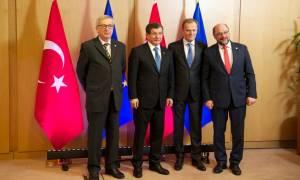 Σύνοδος Κορυφής: Εγκρίθηκε η συμφωνία ΕΕ – Τουρκίας για το προσφυγικό