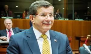 Σύνοδος Κορυφής - Νταβούτογλου: Ιστορική μέρα για την Τουρκία, κοινό μέλλον με ΕΕ (vid)