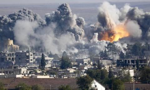Συρία: Τουλάχιστον 16 άμαχοι νεκροί σε αεροπορική επιδρομή στη Ράκα