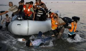 Τουρκία: Εκατοντάδες μετανάστες εντοπίστηκαν, ενώ επιχειρούσαν να φτάσουν στη Λέσβο