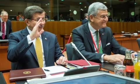 Αμφιλεγόμενη και δίχως προηγούμενο η συμφωνία ΕΕ - Τουρκίας