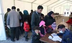 Αδειάζουν τα νησιά από πρόσφυγες - Μεταφέρονται στην ηπειρωτική χώρα
