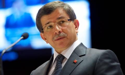 Νταβούτογλου: «Απάνθρωπη η επίθεση στην Κωνσταντινούπολη»