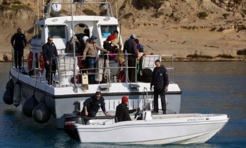 Νέα τραγωδία στο Αιγαίο: Δυο νεκρά κοριτσάκια στη θαλάσσια περιοχή της Ρω