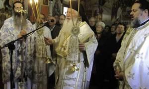 Ο Αρχιεπίσκοπος Ιερώνυμος στο ερημητήριο των Αγίων Θεοδώρων Ζάλτσας