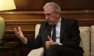 Προσφυγικό – Αβραμόπουλος: Οφείλουν όλα τα μέρη να τηρήσουν τις δεσμεύσεις που έχουν αναλάβει
